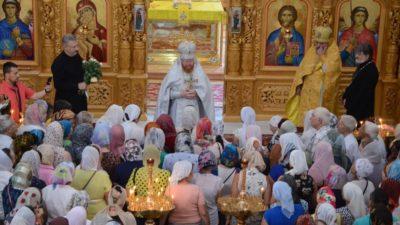 В Свято-Алексеевском храме прошли торжества по случаю дня памяти святых первоверховных апостолов Петра и Павла