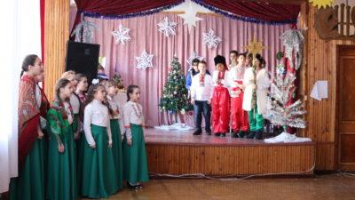 Воскресная школа «Человек Божий» при Свято-Алексеевском храме города Одессы представила зрителям Рождественский утренник