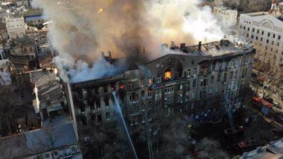 Одесская епархия оказала помощь пострадавшим при пожаре в Одесском колледже экономики
